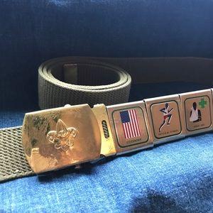 Vintage Boy Scout BSA belt with merit badges